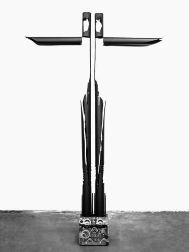 """Due angeli"" 2017 - cm 200 x 116 x 28 acciaio verniciato"